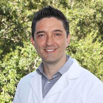 Dr. Rafael Morales